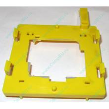 Жёлтый держатель-фиксатор HP 279681-001 для крепления CPU socket 604 к радиатору (Химки)